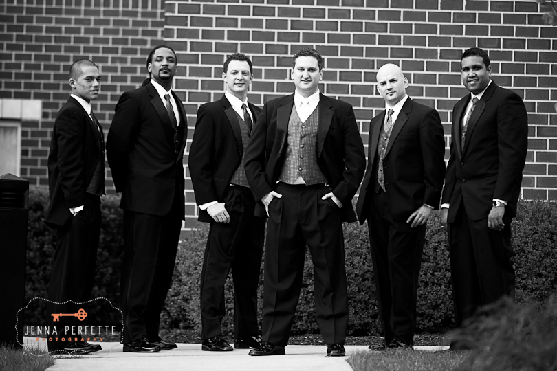 groom and groomsmen black and white nj photography