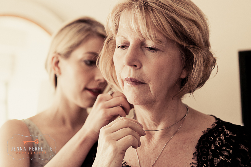 brooklyn botanical gardens wedding - mother daughter getting dressed nj wedding photographer