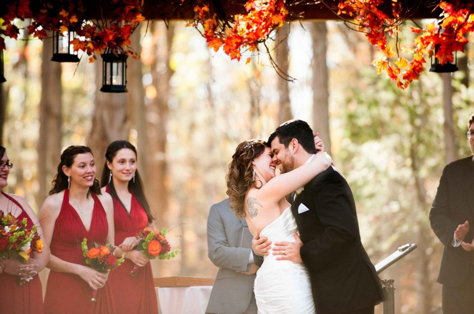 Nicole & Matt – Rustic Pennsylvania Wedding in the Poconos