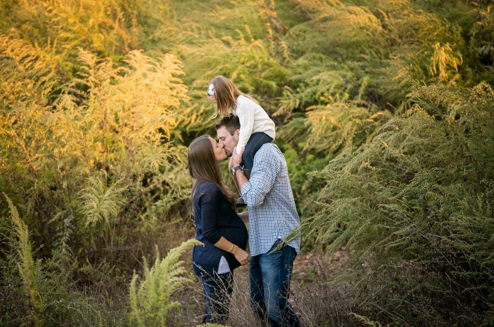 Outdoor Maternity Session with the Family