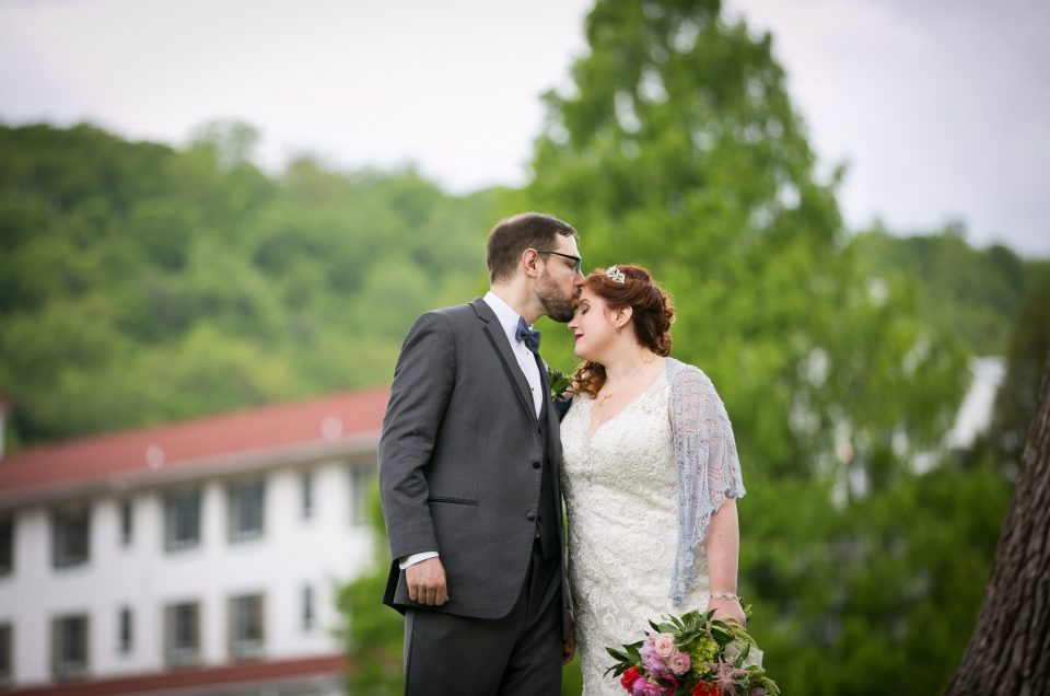 Shawnee Inn Poconos Wedding – Jacquelyn & Josh