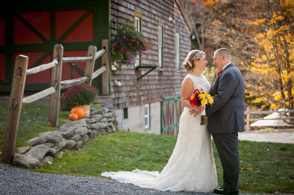Upstate NY Wedding at Full Moon Resort – Leonora & Stephen