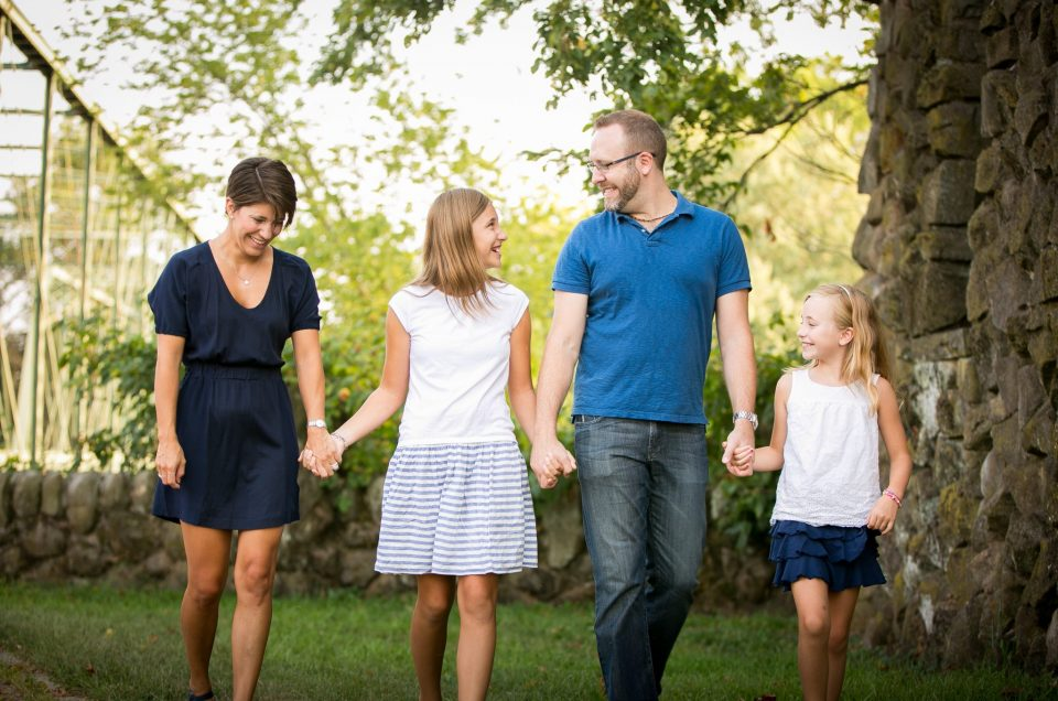 What to Wear to Your Family Session and How to Dress your kids