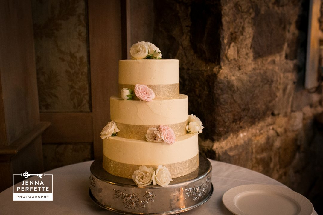 classic winter wedding cake bernards nj