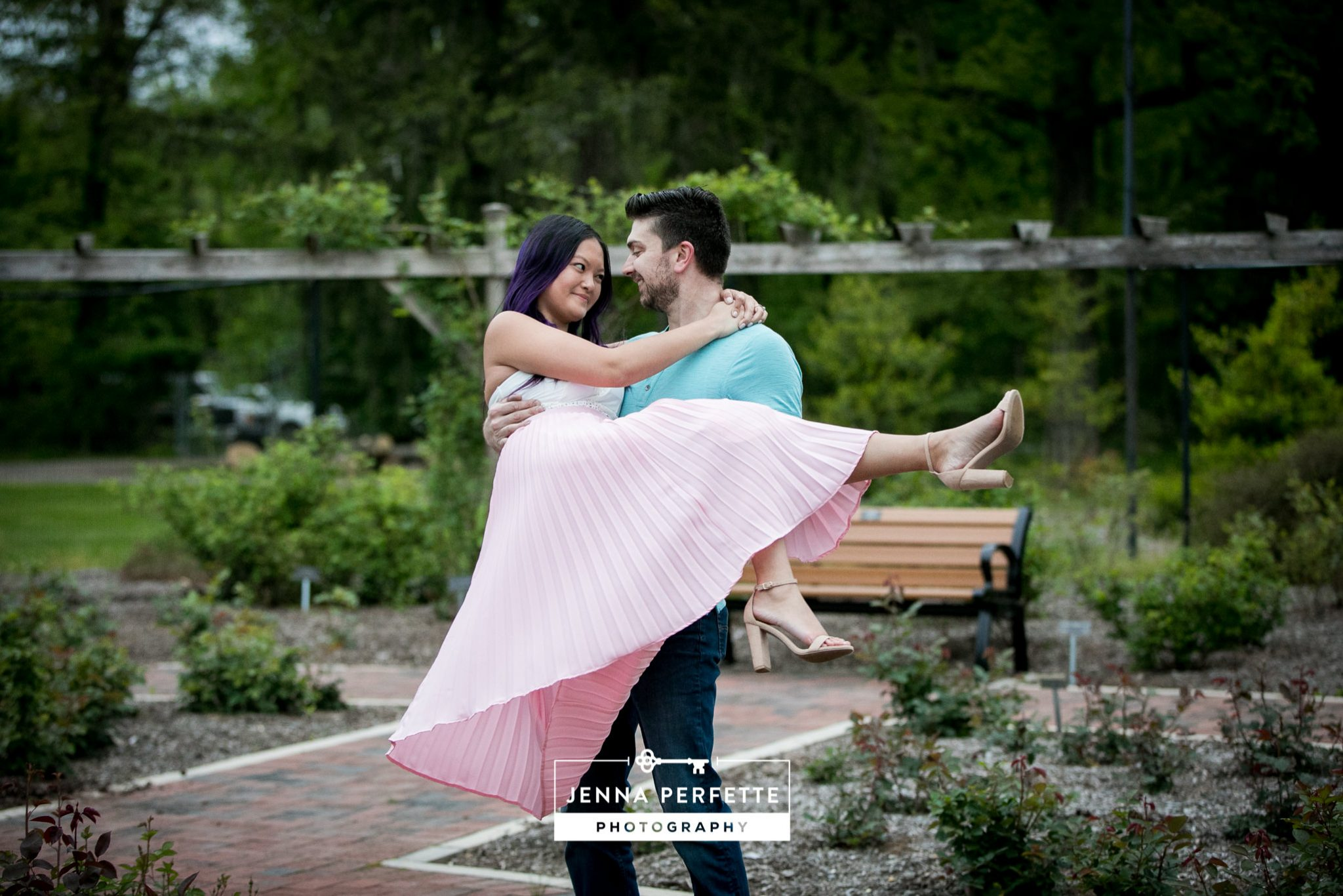 Engagement Session at Colonial Park