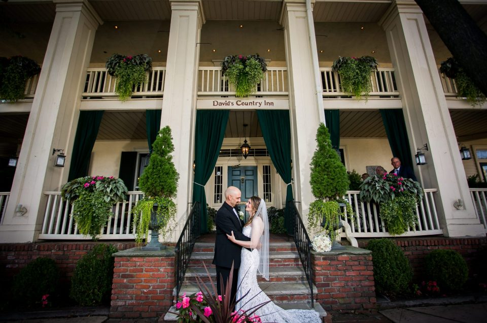 A Refreshing Wedding at David's Country Inn – Heather & Chris